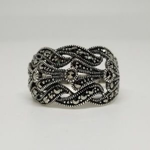 Jewelry - Sterling Silver Unique Waves